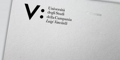 L'Università Vanvitelli ha un nuovo logo. Italiano il vincitore del concorso di Rebranding