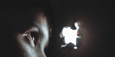 Intervento per due bambini ipovedenti. Prima terapia genica in Italia al Policlinico Vanvitelli